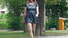 In very short dress outside – Crossdresser in public
