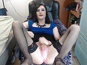 Cute sissy fucking her hole